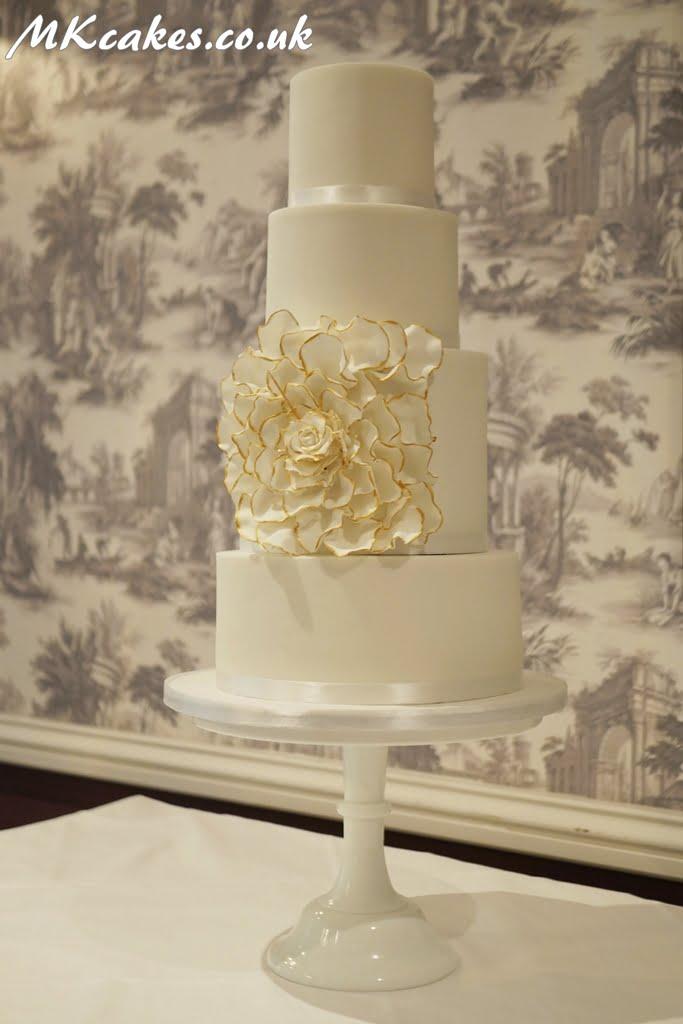 Big Gold Flower Cake