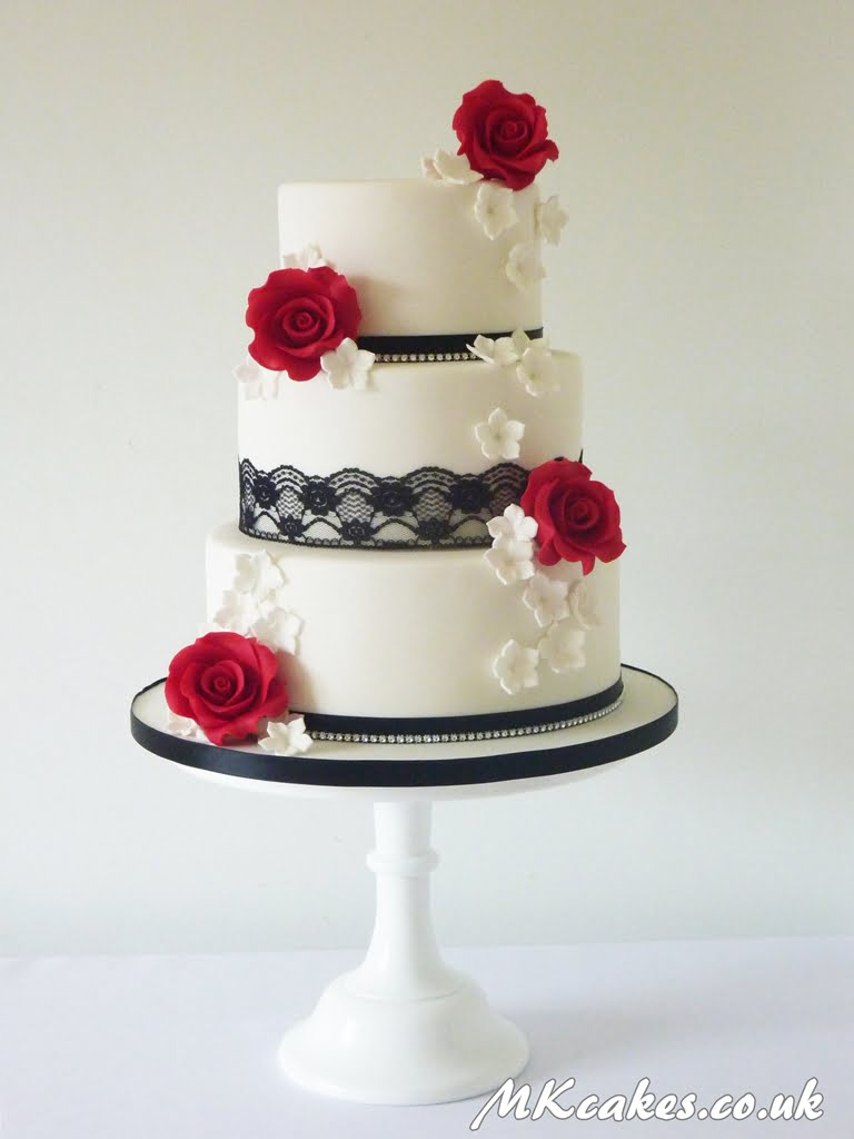Classic Red Roses and Lace Wedding Cake
